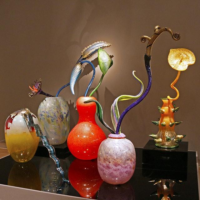 <p><em>Collection Overview, Ikebana, Putti</em>—TAM #302</p>