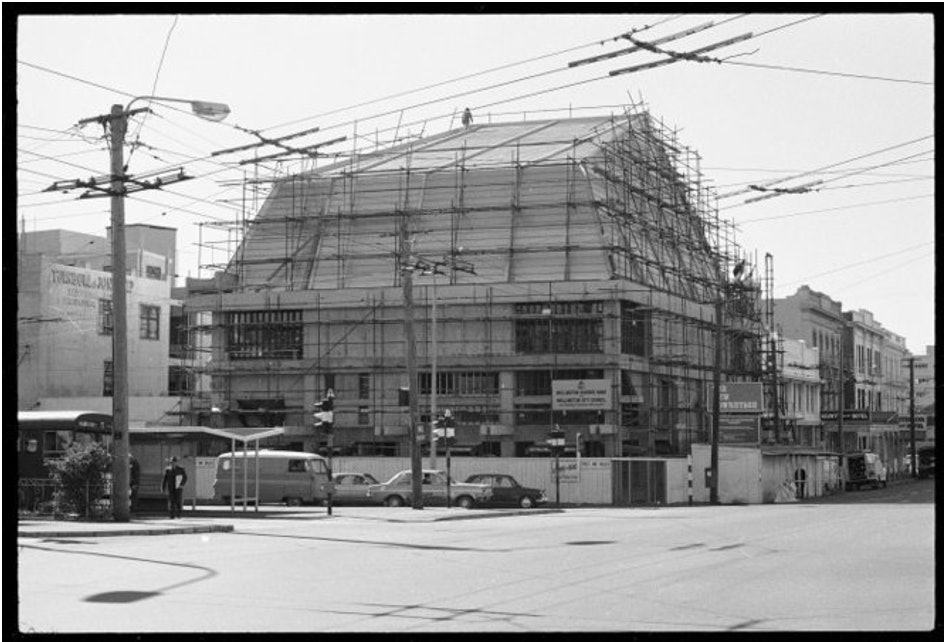 <p>The Hannah Playhouse under construction in 1972.</p>