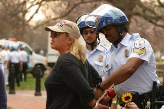<p>Jody Williams arrested at White House protest (2003)</p>