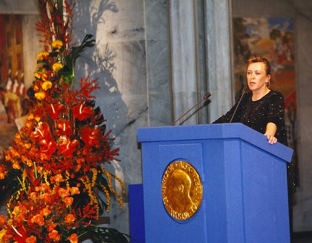 <p>Jody Williams accepting the Nobel Peace Prize</p>
