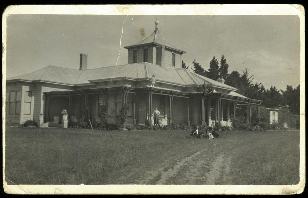 <p>James &amp; Catherine Craigie's home, Kingsdown, Timaru</p>