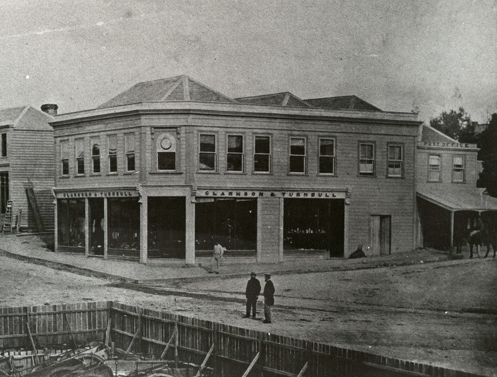 <p>Located on the corner of Stafford and George Street (the present Oxford), the store was destroyed by the fire of 1868.</p>