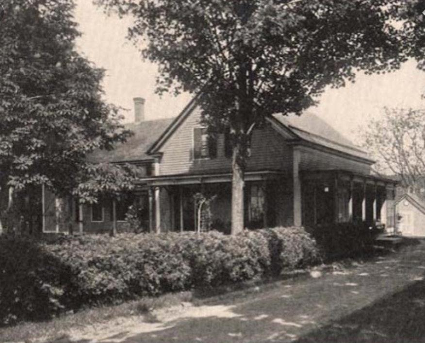 <p>Noyes home- Putney, VT - photo courtesy Putney Historical Society</p>
