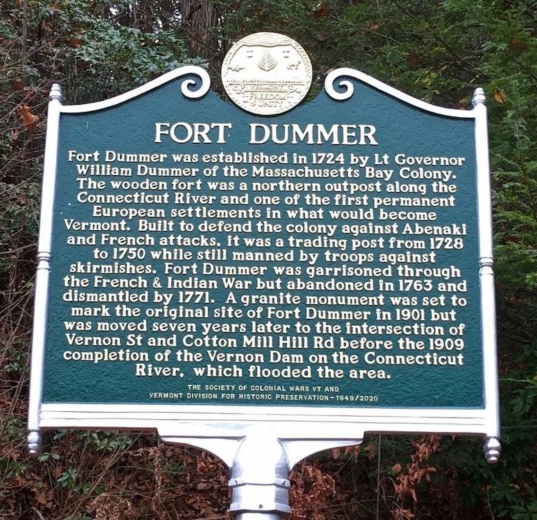 <p>Fort Dummer Historical Marker</p>