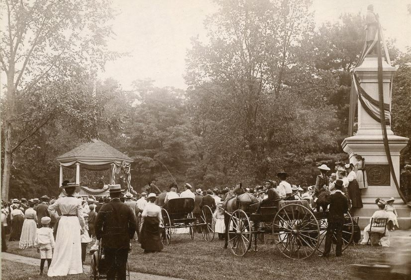 <p>1902 Brattleboro Common, when Eleanor Roosevelt's uncle, President Theodore Roosevelt spoke</p>