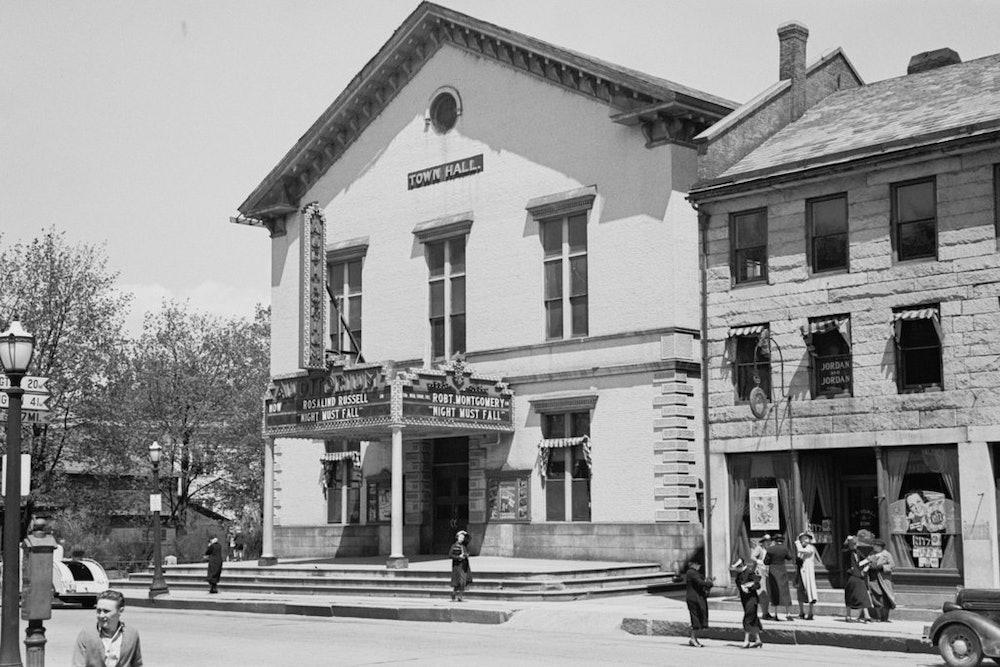 <p>Old Town Hall where Douglas spoke</p>