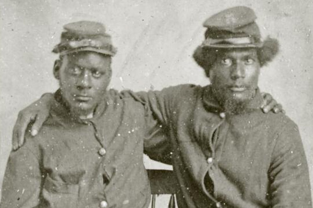 <p>Unidentified brothers in arms, ca. 1863–65.</p>