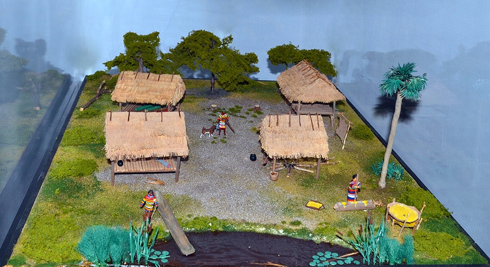 <p>Seminole Village model depicts a typical Seminole village of the late nineteenth and early twentieth centuries.</p>