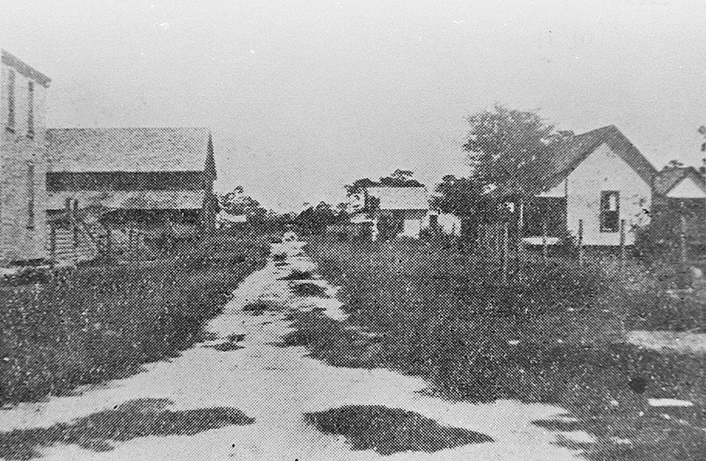 <p>Brickell Ave, Fort Lauderdale, 1903.</p>