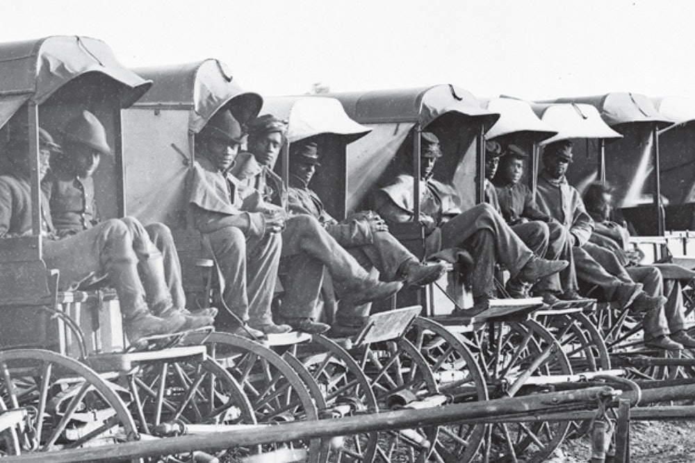 <p>Ten soldiers in their wagons near Hopewell, Virginia.</p>