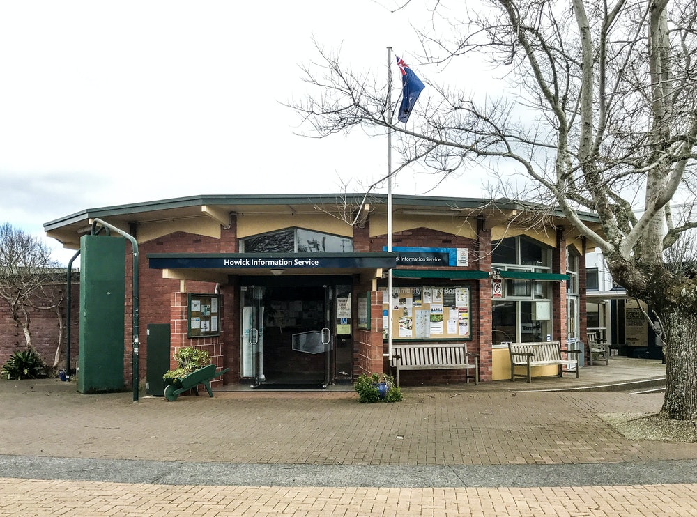 <p>The Howick Information Centre is your start and end point for the 'Main Street Stroll' tour. You'll find plenty of additional material about Howick's Heritage in the information Centre.</p>