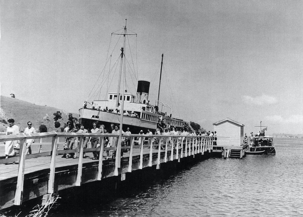 <p>The Muritai at Matiatia Wharf, 1950s. <em>Waiheke Historical Society collection.</em></p>