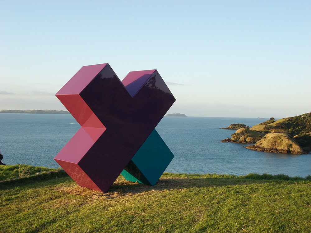 <p><em>CROSS (ROAD),</em> Leon van den Eijkel's work at the 2009 exhibition.</p>