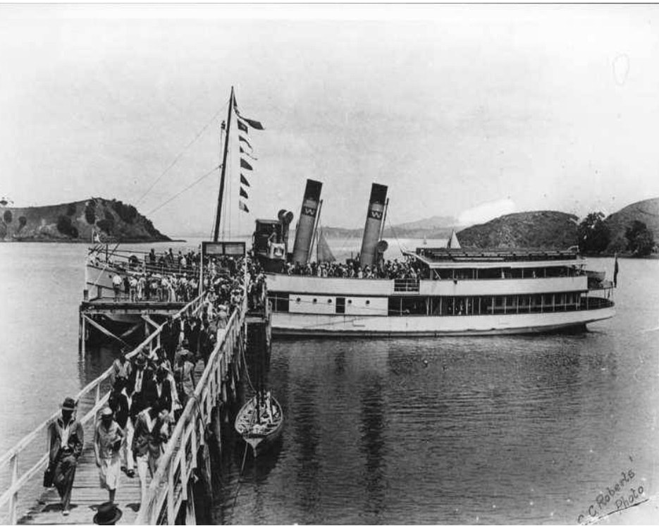 """<p>""""The popular and beautifully-appointed steamer Dutchess,"""" February 1932. <em>C. C. Roberts, Auckland Museum, DU436.1187 M43.</em></p>"""
