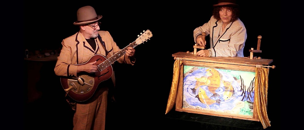 <p>Sandglass Theater - a show. Courtesy of Sandglass Theater</p>