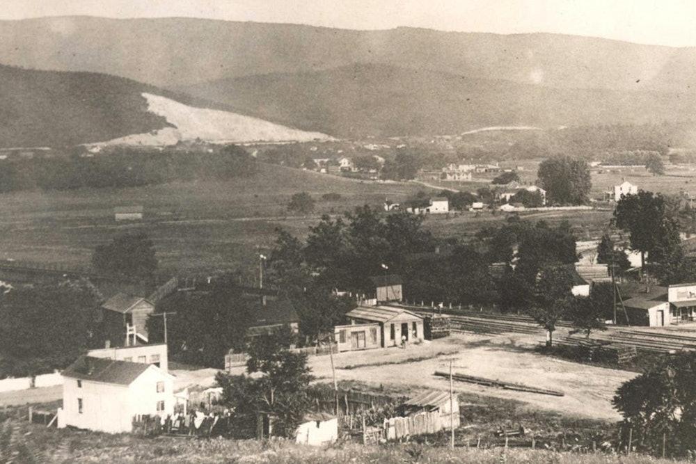 <p>Port Republic Road, circa 1890</p>