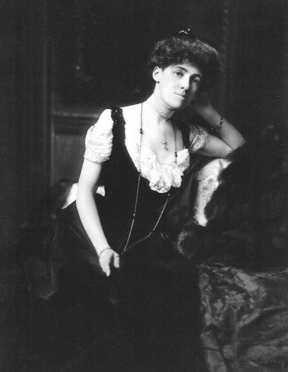 <p>Edith Wharton circa 1902</p>